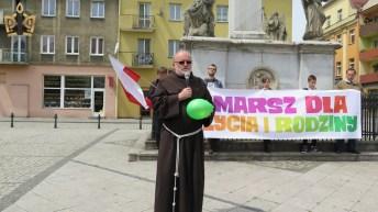 marsz-dla-życia-i-rodziny-204
