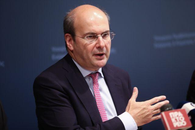 Αποκλείει «κρυφές αυξήσεις» στους λογαριασμούς ρεύματος ο Κ. Χατζηδάκης