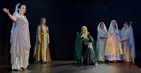 Αικατερίνεια - Θέατρο: «ΟΛΥΜΠΙΑΣ: Η μητέρα του Μεγαλέξανδρου»