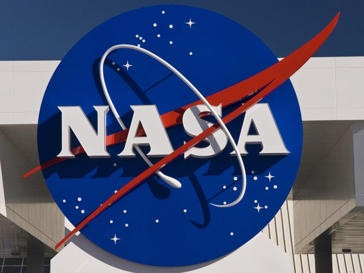 Η NASA επιστρέφει στην Σελήνη: Ανακοίνωσε πτήσεις χωρίς πληρώματα γύρω από το φεγγάρι
