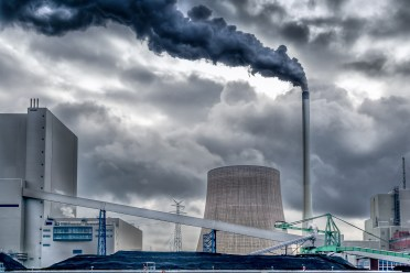 EU Emissions Trading System: cost-effective emission reductions and low-carbon investments