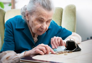 Elderly people and poverty