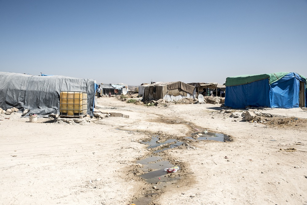 Towards a global compact on refugees: Strengthening international cooperation to ease the plight of refugees in the world
