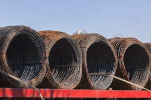 Steel wire rolls from refineryfor economy industrial products on transport trailor