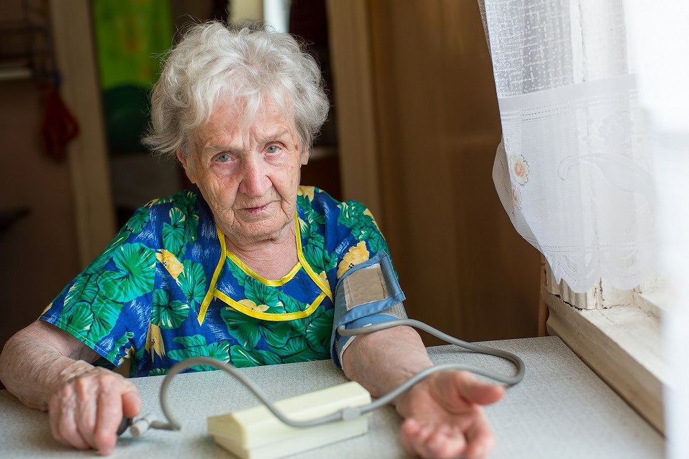 Seniors using e-health services [What Europe does for you]