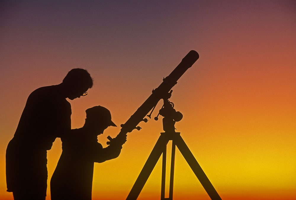 Astronomers [What Europe does for you]