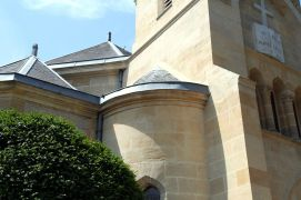 1280px-Fondation-temple-1