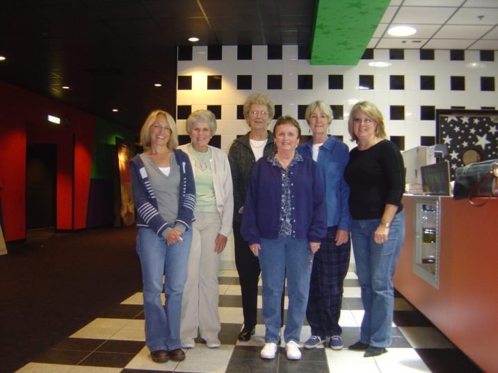 2006-10-1st-Thurs-at-the-movies