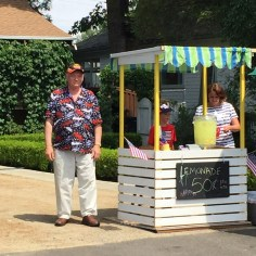 Another sight at the Eagle Point July 4th celebration- a lemonade stand on the front lawn of EPWC president, Annette Godfrey, staffed by her grandchildren.