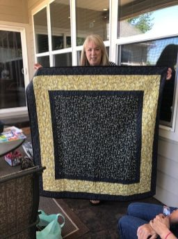 Sue's newly finished and beautiful quilt