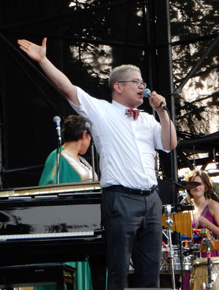 Thomas Lauderdale Gives Us Scoop On Pink Martini