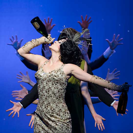 Burlesco DiVino: Wine in Rome Lily Verlaine