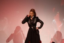 Janet Jackson State of the World Tour Seattle (photo by Earle Dutton)