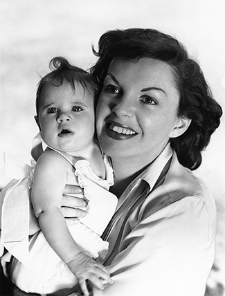 Judy Garland and Lorna Luft in 1953