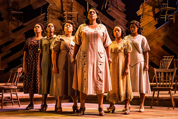 Carrie Compere (Sofia) and the North American tour cast of THE COLOR PURPLE. (Photo by Matthew Murphy, 2017)