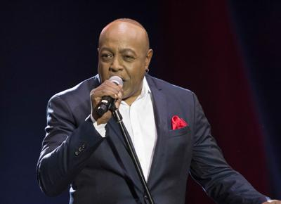 Peabo Bryson performing at Dimitriou's Jazz Alley