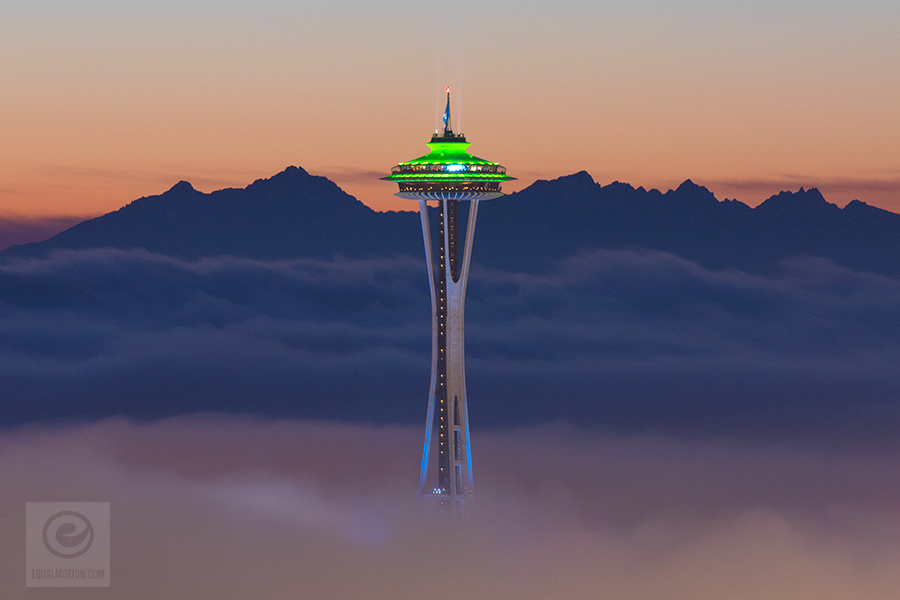 Seattle Washington In Fall City Night Wallpaper Space Needle At Sunset Has Gone Viral Equal Motion