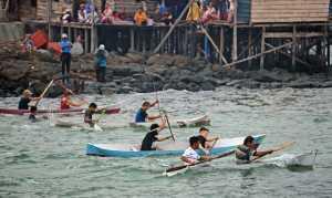 Jukong Race berlangsung meriah dan semarak dengan kehadiran turis yang mengikuti lomba terebut. Kegiatan ini bentuk kemeriahan Festival Karimata 2015