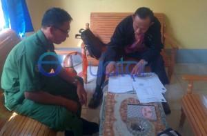 Ketua Dewan Pendidikan Kabupaten Sambas, H Suharjo diterima Pengawas SD Kecamatan Jawai Selatan, Burhan SPd di UPT Disdik Jawai Selatan. M Ridho