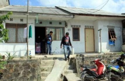 Inilah rumah kontrakan Khairani di kavling Sagulung Lama blok d nomor 19, Sagulung, Jumat (1/4). F. Dalil Harahap/Batam Pos