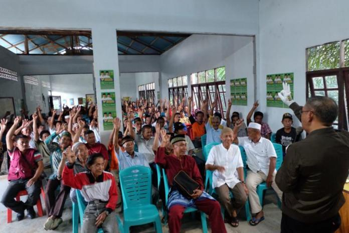 Calon Gubernur Kalimantan Barat nomor 3, Sutarmidji menghadiri acara halal bihalal di Kecamatan Bonti, Kabupaten Sanggau, Jumat (22/6/18).