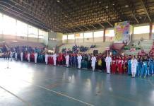 PEMBUKAAN. 13 Kontingen berkumpul pada pembukaan Popda Tahun 2018 di GOR Pangsuma, Selasa (17/7). Rizka Nanda-RK