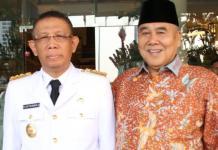 BERSAMA GUBERNUR. Mochamad Akip (kanan) bersama Sutarmidji beberapa saat sebelum dilantik sebagai Gubernur Kalbar di Jakarta beberapa waktu lalu. Dokumen RK