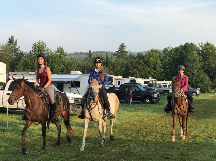 Endurance riding brought me in contact with like-minded people who became friends soon.