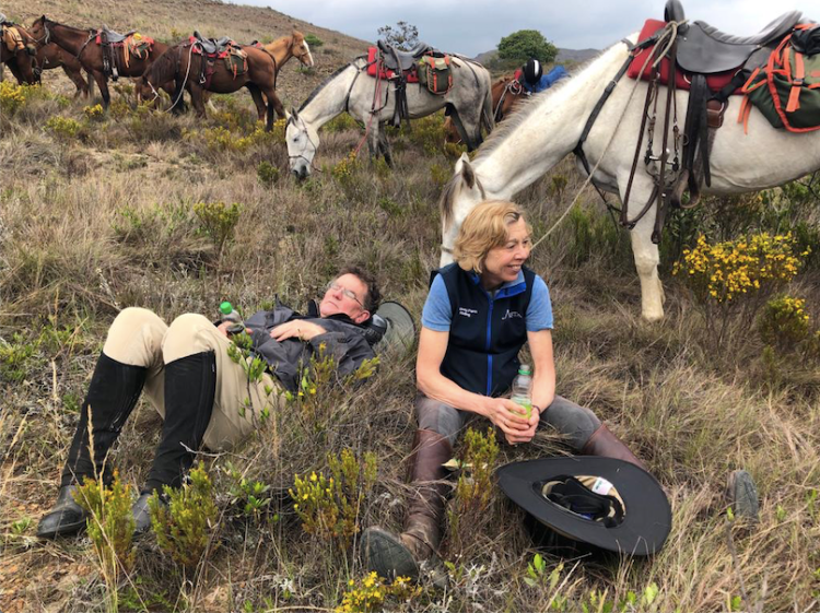 Using a quick break during horse riding in Colombia to recover