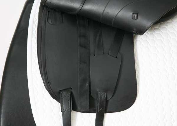 Left Flap on Amerigo Cervia Siena Saddle SN: 22260418