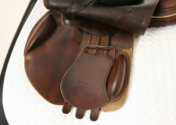 Left Flap on Prestige X-Paris D 17 35 Jump Saddle SN: 07461114