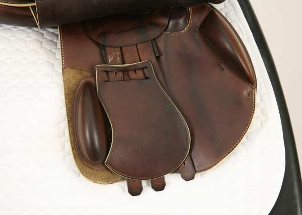 Right Flap on Prestige X-Paris D 17 35 Jump Saddle SN: 07461114