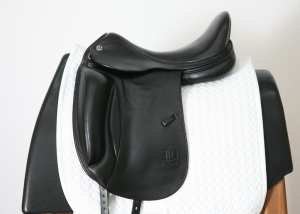 Left Side of Prestige X-D1D K Zero 17L Saddle SN: 05640717
