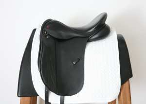 Left Side of Albion K2 Dressage 17.5XW SN 92704