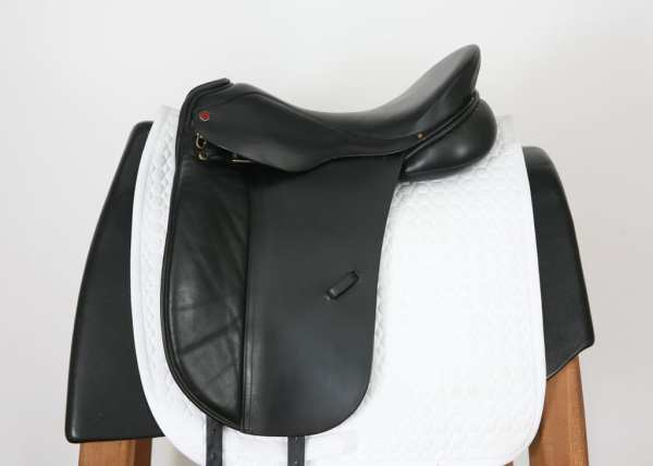 Left Side of Albion Style Saddle 16871