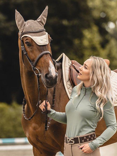 bow saddle pad