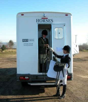 EQUI-TREK SONIC 5 - 3.5 TONNE HORSEBOX FOR SALE