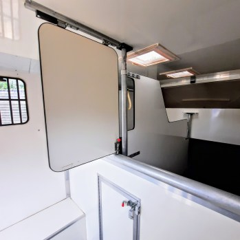 Used Unique Horseboxes 3.5 Tonne Two Stall Horsebox For Sale