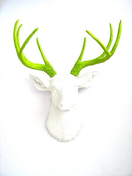 deco tête de cerf vert