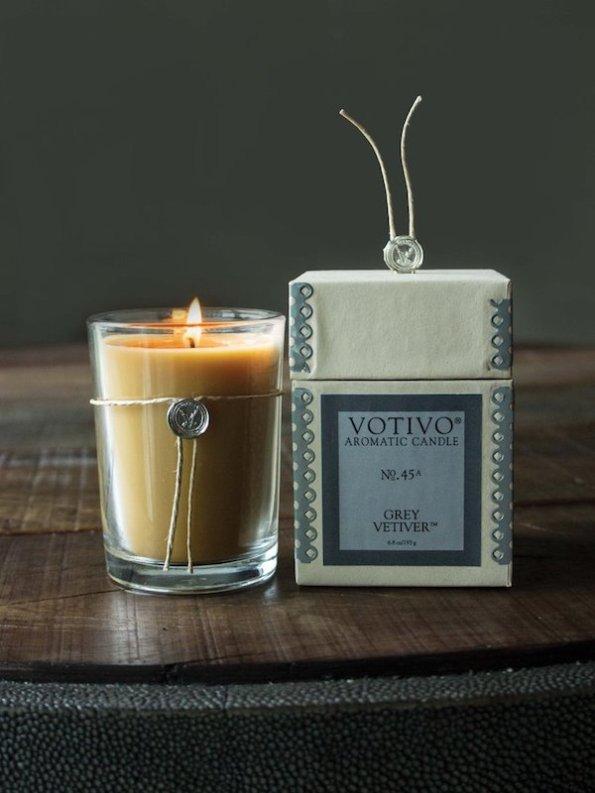 Votivo Aromatic Grey Vetiver Candle Image