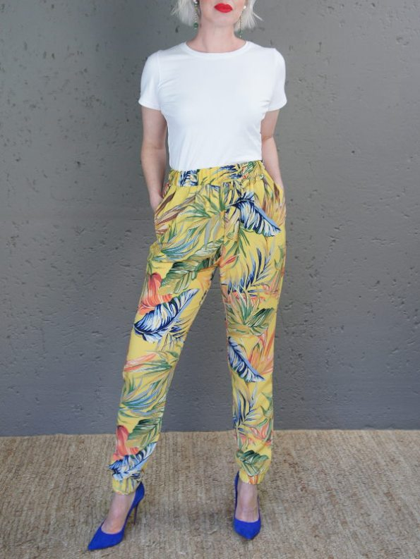 JMVB Toulouse Jogger Yellow and Blue Botanical with Eze Tee