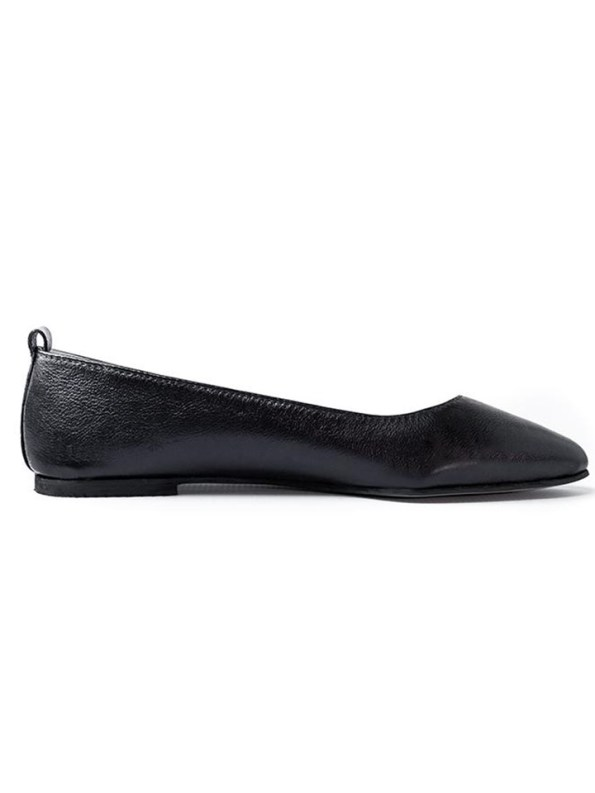 House Of Cinnamon Fama Pointed Flat Black Side
