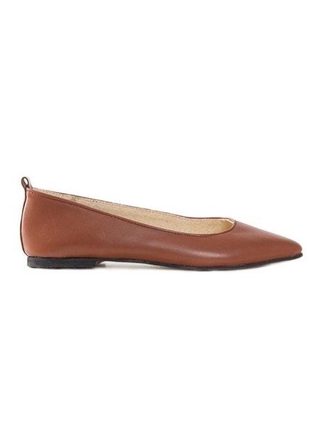 House Of Cinnamon Fama Pointed Flat Brown Side