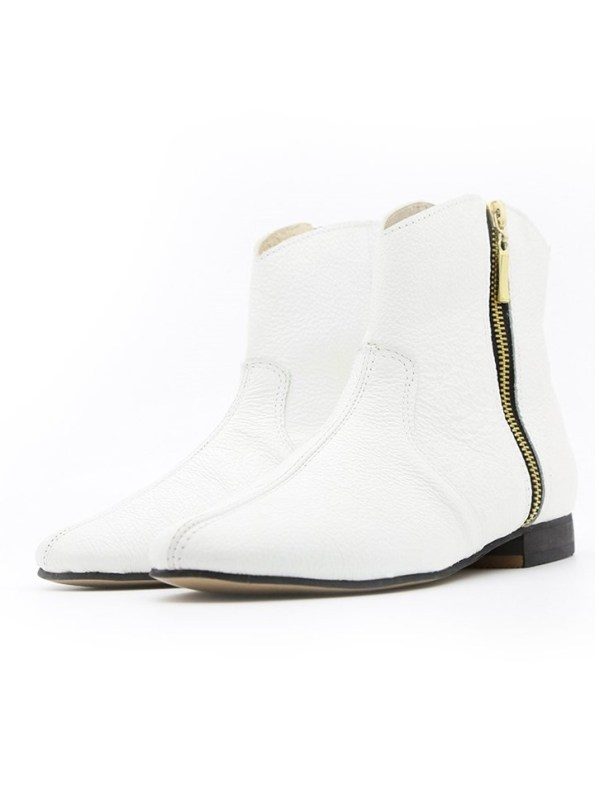 House of Cinnamon Cowboy Ankle Boot White Pair Front