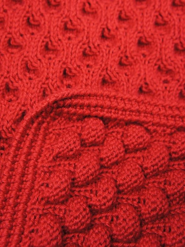 Erre Bubble Knit Scarf Red Closeup