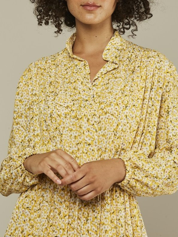 Mareth Colleen Isla Dress Yellow Floral Cropped