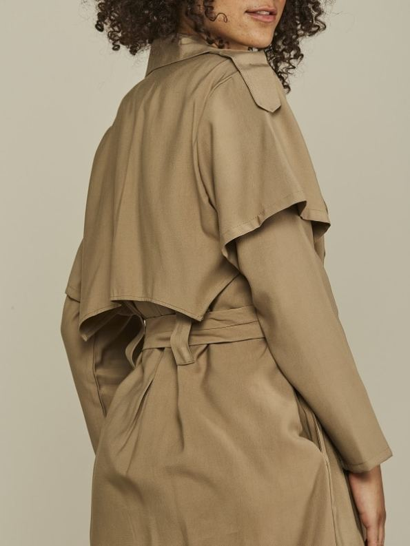 Mareth Colleen Trench Coat Camel Back Detail