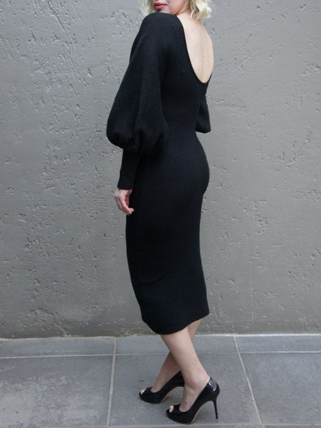 Black knitted Dress with Balloon sleeve and low back