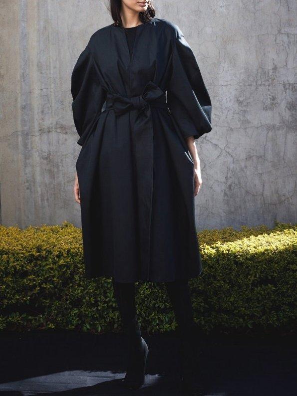 Erre Angle Summer Coat Black Front