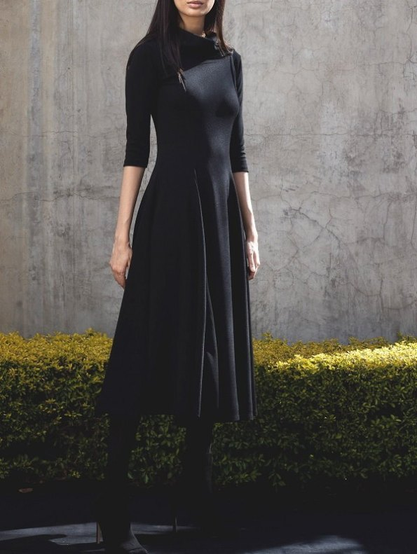 Erre Curve Fit & Flare Three-quarter Sleeve Dress Front